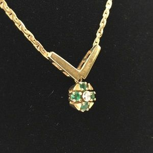 14k gold necklace (sorry I put wrong price on it)